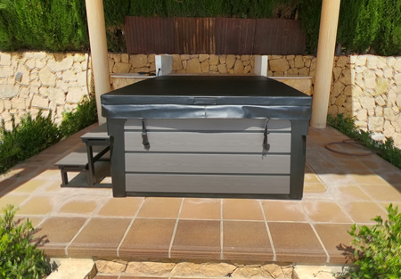 How to Choose the Best Hot Tub Placement?